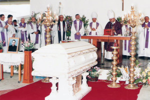 The remains of Venerable Fr. Aloysius Schwartz, blessed by the late Manila Archbishop Jaime Cardinal Sin (photo take from http://www.fatheralsainthood.org/id1.html)