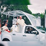 Pope Francis in the pope mobile (Photo by Ardigail Sarangelo, Contributor)