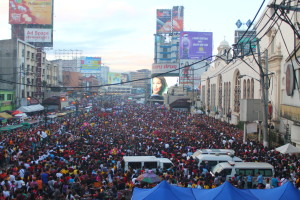 Crowd at the 2015 Black Nazarene procession was estimated to be from five to nine million (photo by MIA ROSIENNA MALLARI / The Filipino Connection)