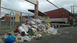 Uncollected trash i Brgy. Balintawak, Lipa City (photo by Elizabeth Almogia, taken from her Facebook page)